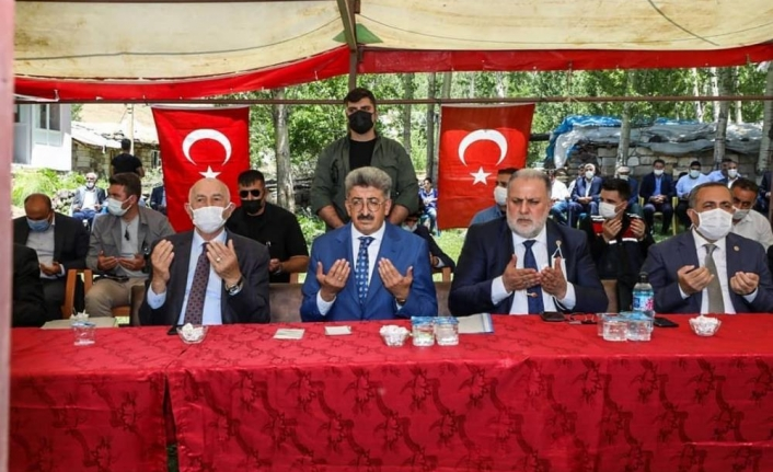Erciş'te husumetli 4 aile barıştırıldı