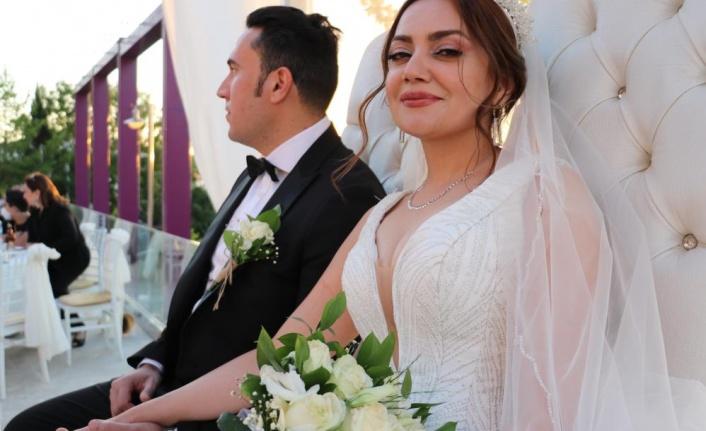 İranlı çift Van'da görkemli bir törenle dünya evine girdi