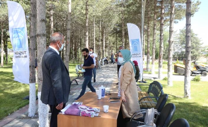 Tuşba Belediyesi'nden sağlık personeline aşı birimi…