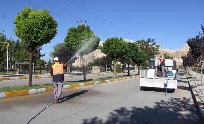 Van Büyükşehir'den ilaçlama çalışması…