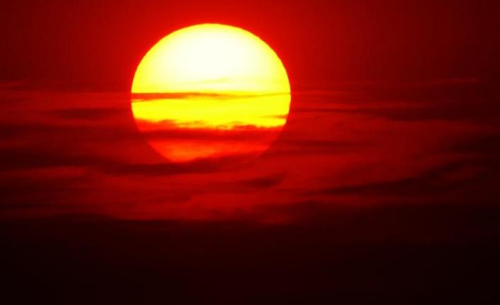 Van'da güneş toz bulutlarıyla Jüpiter'i andırdı