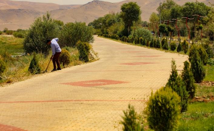 Gürpınar Belediyesi'nden yeşillendirme çalışması