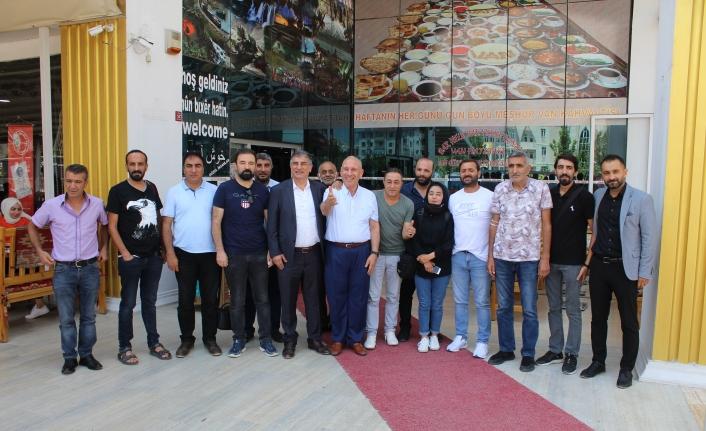 Lenk: Holding olarak Vanspor'a talibiz