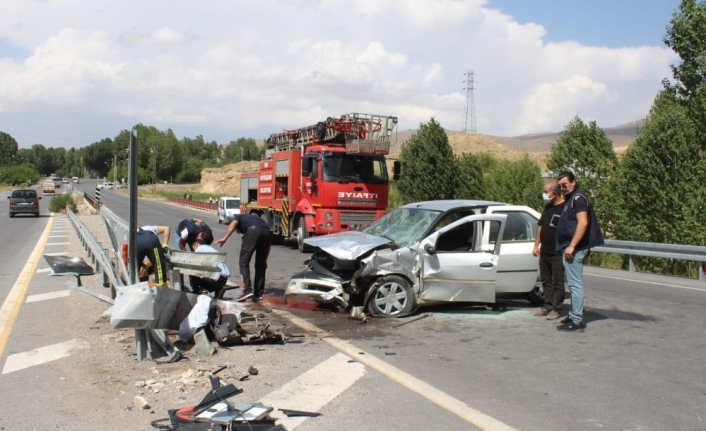 Muradiye'de trafik kazası: 4 yaralı