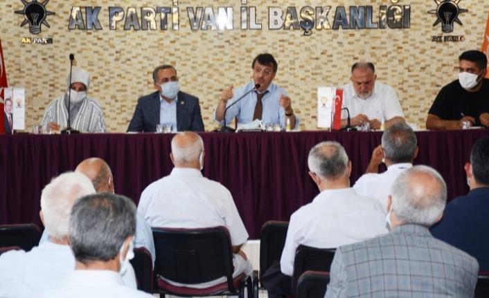 Türkmenoğlu: Van'da Ak belediyecilik ile tarih yazmak istiyoruz