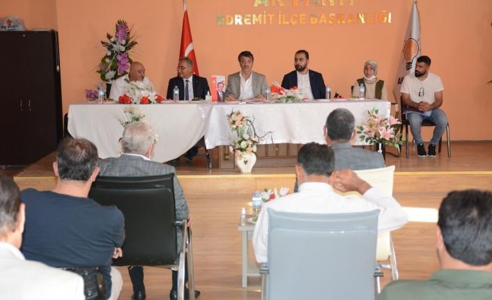 Türkmenoğlu: 12 yıldır Van'da Ak Partisiz bir yerel yönetim modeli var
