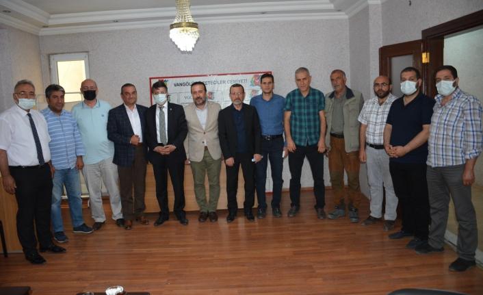 Türkmenoğlu'ndan, Vangölü Gazeteciler Cemiyeti'ne ziyaret...