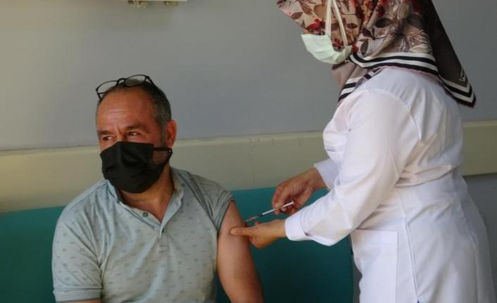 Hastanede yatanların %90'nı aşı olmayan kişiler