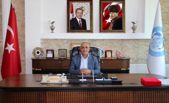 Başkan Şefik Ensari'den Zafer Bayramı mesajı