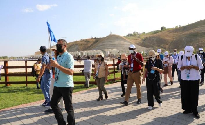 Büyükelçiler, Malazgirt Zaferi etkinliklerini izledi