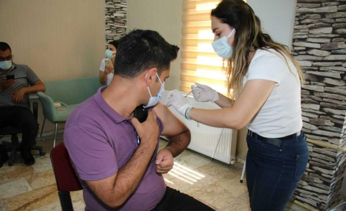 Edremit Belediyesi'nden aşı farkındalığı