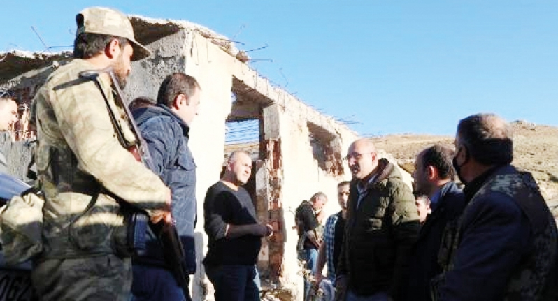 Kaymakam Aydın, Başkale'de şehit ağabeyinin mevziini ziyaret etmişti