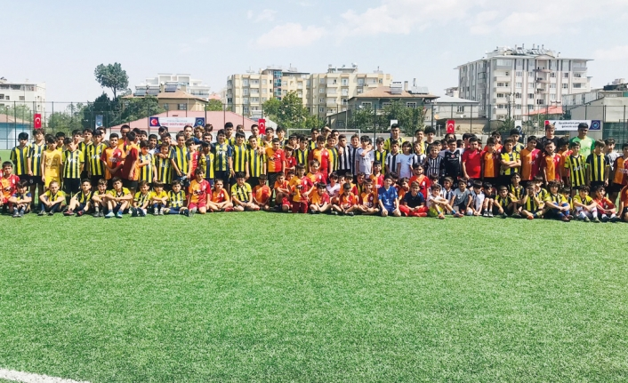 Van'da futbol okulları arası turnuva…