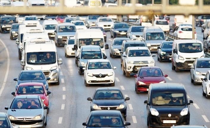 Van'da, trafiğe kayıtlı araç sayısı 77 bin 93 oldu
