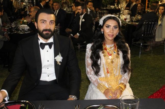 Mustafa Bayram'ın torununun düğününde kilolarca altın takıldı