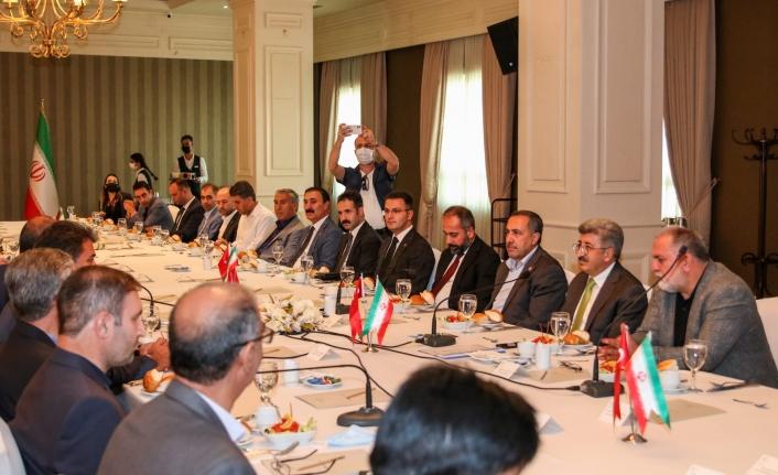 Vali Bilmez, İranlı milletvekilleri ve iş adamları ile bir araya geldi