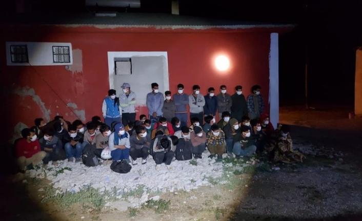 Van'da 46 düzensiz göçmen yakalandı