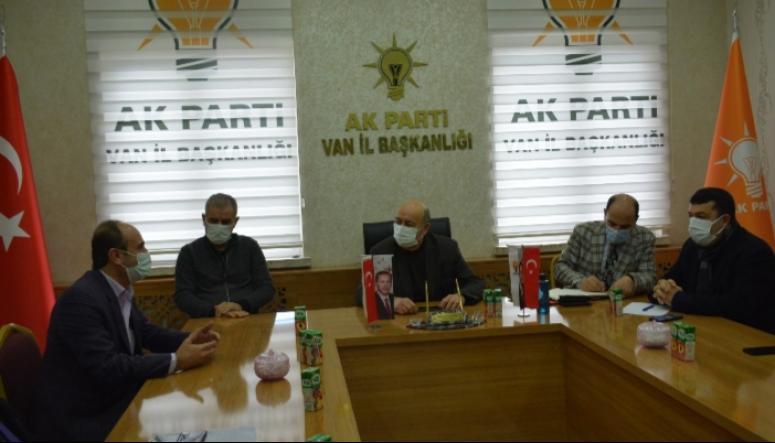 Aşkan'dan, Ak Parti'ye teşekkür ziyareti...