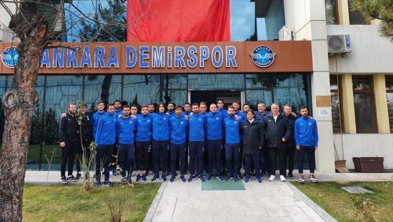 Vanspor'un grubundaki Ankara Demirspor ligden çekildi...