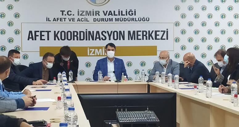 Bakan Kurum'dan İzmir'deki okullarla ilgili açıklama!