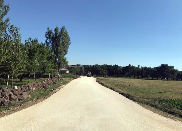 Büyükşehir, 4 ilçede 30 kilometrelik yolu asfaltla buluşturacak