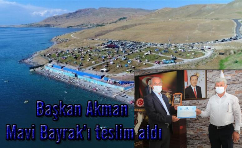Tuşba'daki plaj üçüncü kez 'mavi bayrak' almaya hak kazandı
