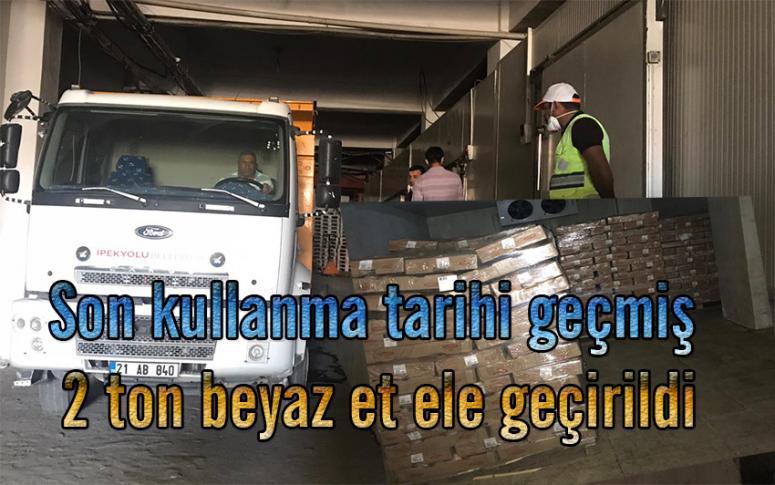 İpekyolu'nda tarihi geçmiş 2 ton piliç eti imha edildi