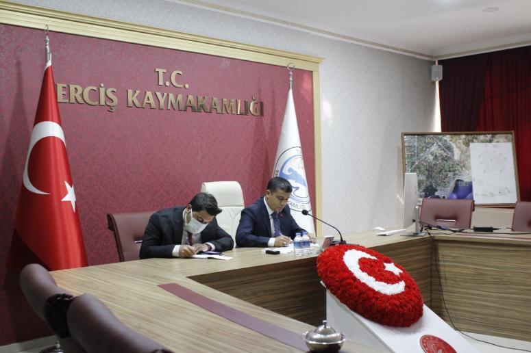 Kaymakam Mehmetbeyoğlu öğretmenlerle online toplantı gerçekleştirdi