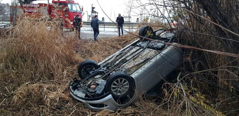 Van'da 2 ayrı trafik kazası 1 yaralı