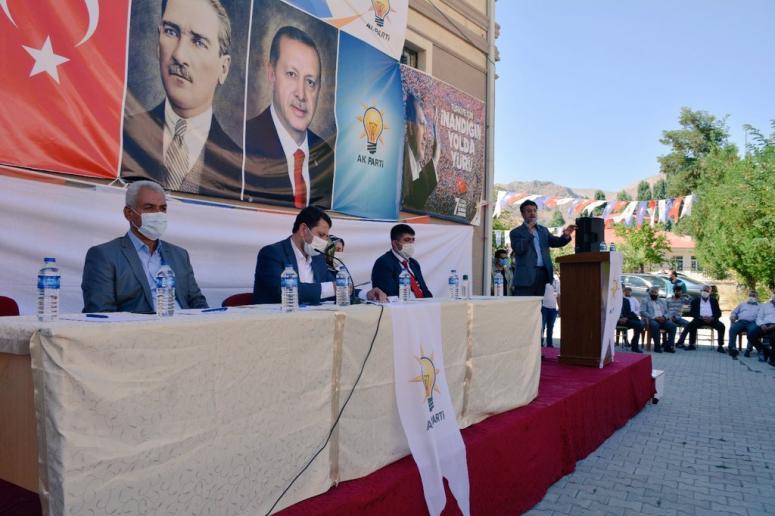 Ak Parti'nin Çatak ve Bahçesaray kongreleri yapıldı