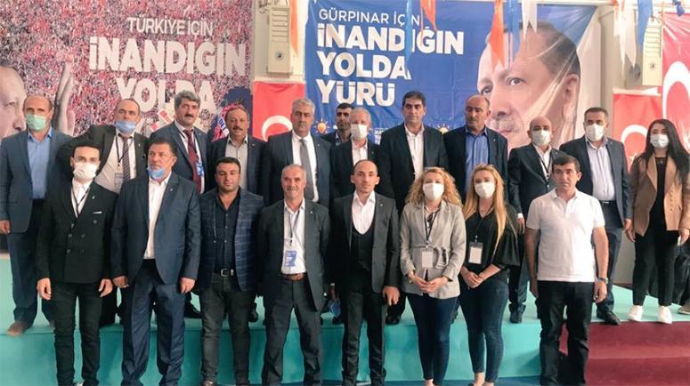 Ak Parti Gürpınar'da Güngör'le yoluna devam edecek