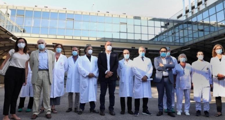 İtalya'da koronavirüs aşısı insan üzerinde denenmeye başlandı