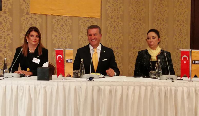 Mustafa Sarigül, kuracağı partinin üyeleri ile buluştu