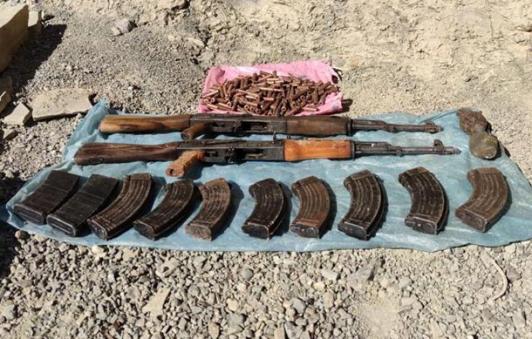Başkale kırsalında silah ve mühimmatlar ele geçirildi