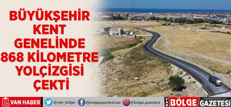 Büyükşehir kent genelinde 868 kilometre yol çizgisi çekti