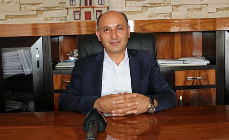 Süer: Vanspor'un emrinde olduğumu ifade ediyorum
