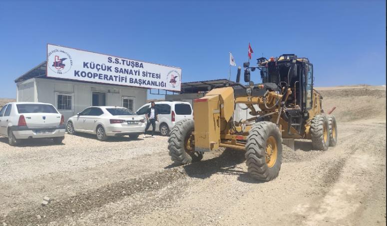 Tuşba Belediyesi, yeni sanayinin yollarında çalışmalarını sürdürüyor