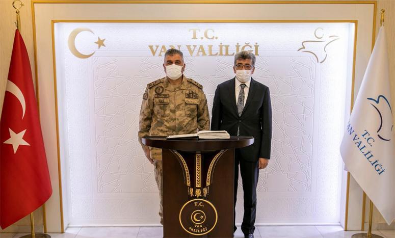 Korgeneral Çardakçı, Vali Bilmez'i ziyaret etti