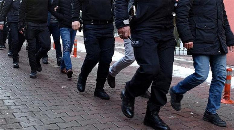 Van'da FETÖ'den 8 gözaltı...