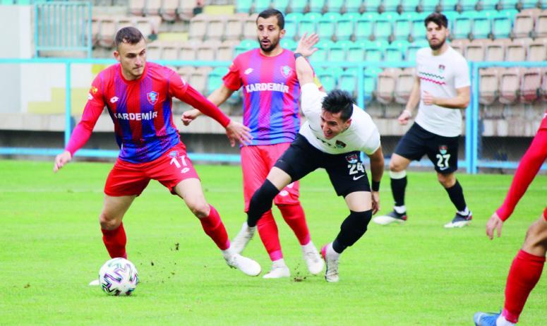 Vanspor'da Sedat ve Utku gollerine devam ediyor
