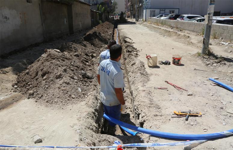 VASKİ, 30 yıllık su hattını yeniledi