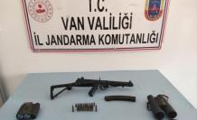 Van'da terör örgütlerine ait barınaklar ele geçirildi