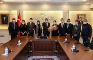 Vali Bilmez engelli dernek başkanlarını kabul etti