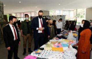 Çatak'ta 'Hayat Boyu Öğrenme' sergisi açıldı