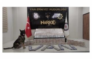 Edremit ve İpekyolu'nda 300 kilodan fazla eroin...