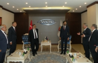 Saadet Partisi heyetinden Van TSO'ya ziyaret...