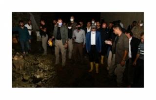 Vali Bilmez, sel felaketinin yaşandığı Başkale'ye...
