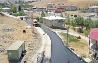 Veysel Karani Caddesi asfaltlanıyor