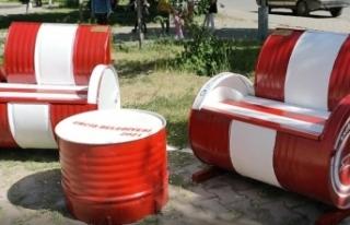 Erciş Belediyesi atıl malzemeleri geri dönüştürüyor