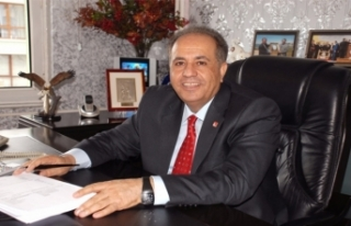 Kandaşoğlu, Van TSO'ya başkan adaylığını...